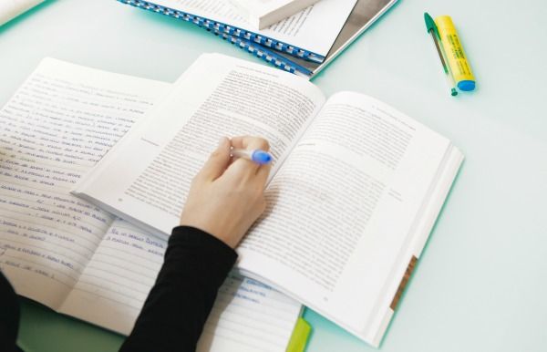 Dissertation help for dyslexics   My school bus essay Callback News